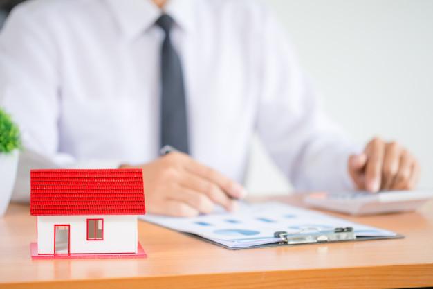 Quels sont vos droits lorsqu'un locataire ne veut pas quitter votre maison ?