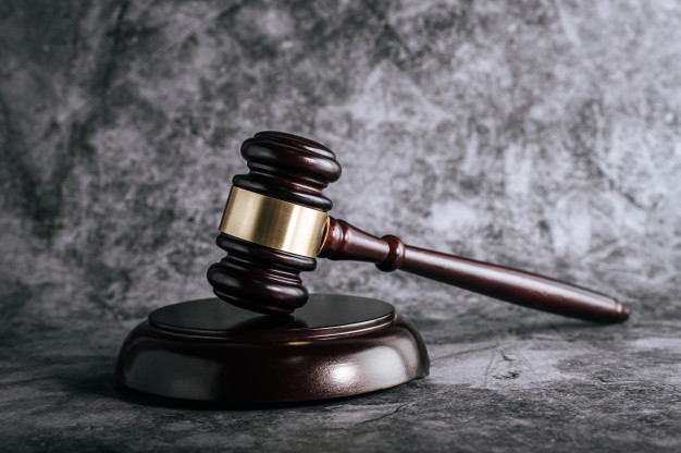 Le droit d'asile: la procédure et la décision